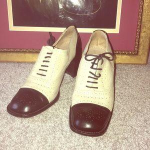 Vintage Jone &David two tone shoes